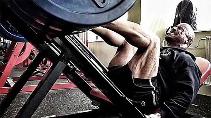 dwayne johnson leg workout